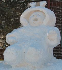 http://www.snowbizz.com/images/SnowSculptures/BundledTot25.jpg