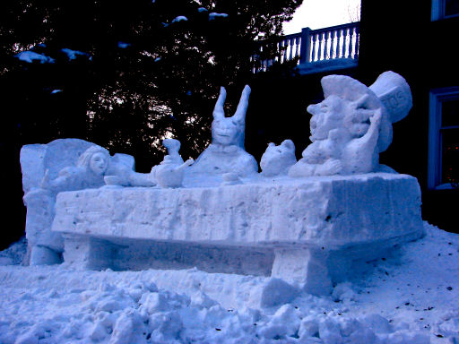 http://www.snowbizz.com/images/SnowSculptures/TeaParty1.jpg